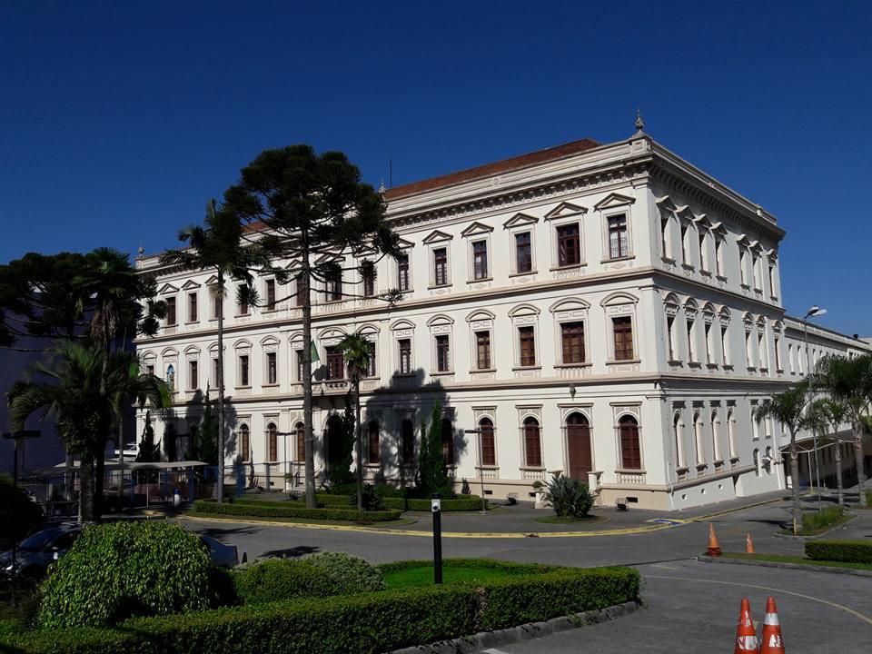 Antigo Seminário, atual Colégio Paranaense em Curitiba.